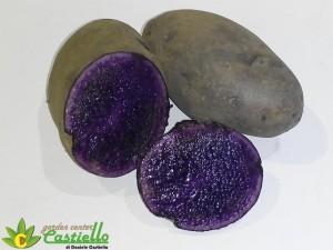 patata viola tagliata